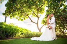 Maui elopement photographer . Maui lifestyle photographer . Maui weddings . Maui wedding photographer . Destination wedding photographer . Naomi Levit Photography . naomilevit.com