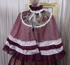 Cape Austen Victorian Steampunk Civil burgundy green capelet wrap 4941 #Geechlark #Cape