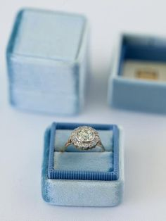French-Blue-Ring-Box