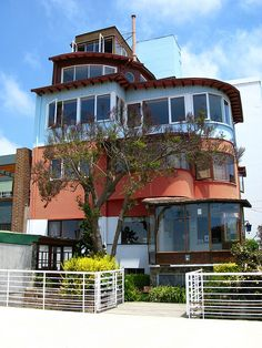 """pablo neruda's valparaiso house ¨La Sebastiana"""" - such a great place and one of my favorite poets! Beautiful Places To Visit, Great Places, Places Ive Been, Beautiful Homes, Places To Go, Pablo Neruda, Bolivia, Chili, Interesting Buildings"""