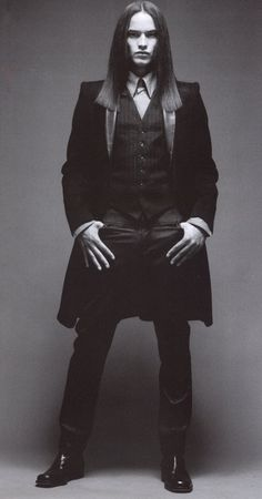 , #halloween #costumes Gothic People, Gothic Men, Dark Gothic, Gothic Steampunk, Modern Gothic, Dark Beauty, Gothic Beauty, Dark Fashion, Gothic Fashion