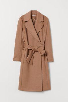 Frakke i uldblanding - Mørk beige - DAME Brown Wool Coat, Beige Coat, Dark Beige, Wool Coats, Slingbacks, Brown Jacket, Mode Hijab, Belt Tying, Maternity Fashion