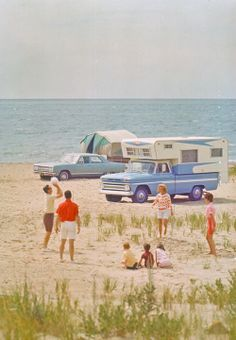 Nostalgia - Pics in Time. - Page 40 - The 1947 - Present Chevrolet & GMC Truck Message Board Network Vintage Chevy Trucks, Chevrolet Trucks, Pickup Camper, Truck Camper, Old Campers, Vintage Campers, Old Chevy Pickups, Classic Campers, Rv Travel Trailers