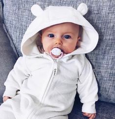 Online shopping for Baby Travel Supplies with free worldwide shipping Beautiful Children, Beautiful Babies, Cute Kids, Cute Babies, Dream Kids, Baby Friends, Cute Baby Pictures, Traveling With Baby, Baby Kind
