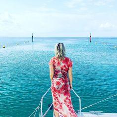 I relax ~ I LET go~ my life is in perfect flow. #breathingitallin  #onestepatatime  #everythingwillbeokay  #sailing⛵️ #meditteranean #greeceislands  #exploremore  @lispthelabel 📸 @fabiomarcobespokewoodendesign
