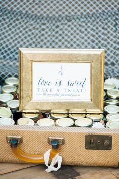Photography : Christa-Taylor Read More on SMP: http://www.stylemepretty.com/oregon-weddings/mt-hood/2015/08/14/romantic-peach-navy-oregon-resort-wedding/