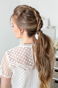 The crown braid has always been one of my favorite hairstyles. It can be worn with every hair texture and (most) lengths, and can even be worn with your hair halfway up. Instead of always wearing it with a french or dutch braid,… Fishtail Ponytail, Dutch Fishtail Braid, Dutch Braids, Heatless Hairstyles, Side Hairstyles, Keratin, Side Curls, Prom Hair Tutorial, Bridesmaid Hair Half Up