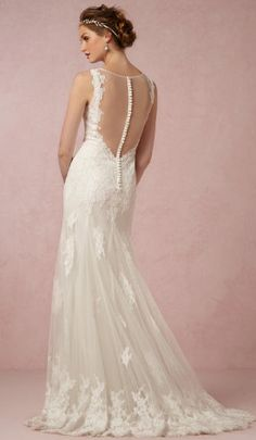 Gorgeous detailing on this wedding gown