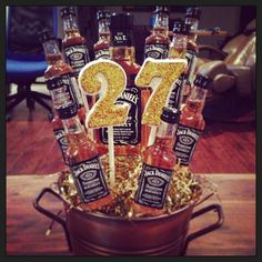 Beer bouquet, great gift for men, specially picky ones! Beer Bouquet, Alcohol Bouquet, Candy Bouquet, Great Gifts For Men, Cute Gifts, Diy Gifts, Teacher Appreciation Gifts, Teacher Gifts, Birthday Bash