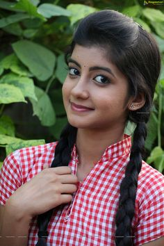 Telugu Actress Summiyya Mohammed (HD) Prema Janta Stills Lovely Girl Image, Beautiful Girl Photo, Cute Girl Photo, Beautiful Girl Indian, Most Beautiful Indian Actress, Beautiful Eyes, Beauty Full Girl, Cute Beauty, Dark Beauty