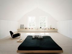 this may not be the warmest room, but i love the spatial placement and the contrast of the black and white