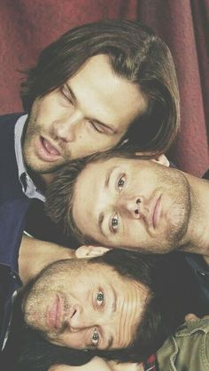 Jared, Jensen and Misha. by matilda Supernatural Series, Supernatural Pictures, Supernatural Jensen, Supernatural Quotes, Sherlock Quotes, Sherlock John, Sherlock Holmes, Supernatural Bloopers, Jensen Ackles