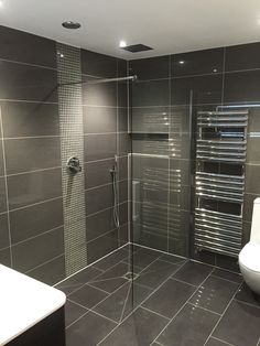 Stunning wet room with niche
