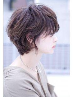 20 Layered Hairstyles for Short Hair Girl Short Hair, Short Curly Hair, Short Hair Cuts, Curly Hair Styles, Short Hair Styles Asian, Short Hair Korean Style, Korean Short Hairstyle, Short Hair Tomboy, Tomboy Haircut