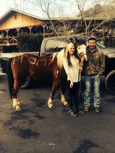 prom proposal horse boyfriend cowboy boots