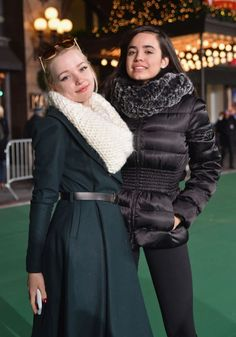 sofia carson | Dove Cameron & Sofia Carson – 2015 Macy's Thanksgiving Day Parade ...