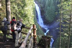 Hikers pause for photos at the Middle Falls viewpoint during a recent sunny weekend at Wallace Falls State Park. Western Washington, Washington State, Wa State, State Parks, Wallace Falls, Seattle Times, Winter Hiking, Outdoor Activities, Places To Go