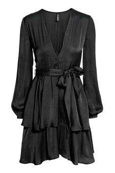 V-aukkoinen mekko - Musta - Ladies | H&M FI