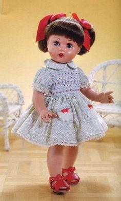 mariquita perez mi  muñeca de la infancia, todavia la tengo,me la regalo mi Mami cuando cumpli 7 años ,  Buscar con Google