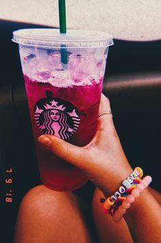 Starbucks Secret Menu Drinks, Starbucks Recipes, Milk Shakes, Coffee Tasting, Coffee Drinks, Snapchat, Drink Pink, Yummy Drinks, Yummy Food