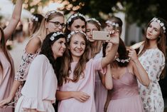 Lifestyle Photography, Wedding Photography, Graduation Portraits, Girls Weekend, Friend Photos, Female Poses, Photoshop Photography, Party Photos, Aesthetic Pictures