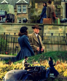 "Starz ""Outlander"" Series: Frank & Claire Randall"