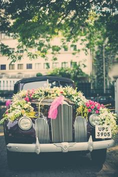 Groom entry in vintage car