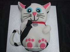 birthday cat cake and like OMG! get some yourself some pawtastic adorable cat apparel! Kitten Cake, Kitten Party, Cat Party, Birthday Cake For Cat, Birthday Fun, Fancy Cakes, Cute Cakes, Animal Cakes, Gateaux Cake