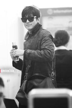 LMH at Incheon Airport heading to Shanghai  minozforever.wordpress.com