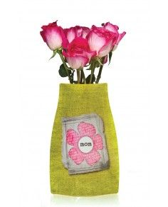 Great gift idea for Mothers Day. Reva Vase expanding vase - this is a really cool product