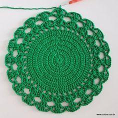 Crochet doily Step by step Tut Crochet Diy, Crochet Round, Crochet Home, Crochet Granny, Crochet Doilies, Doily Rug, Crochet Kitchen, Beautiful Crochet, Crochet Projects