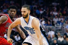 5 Restricted Free Agents The Bulls Should Target Basketball News, Free Agent, Tank Man, Target, Mens Tops, Fashion, Moda, La Mode, Fasion