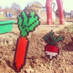 Perler bead garden sticks by Larie! Blogt