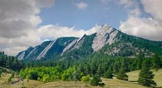 Ranking of the top 11 things to do in Boulder. Travelers favorites include The Flatirons, Chautauqua Park and more. Boulder Flatirons, Chautauqua Park, Stuff To Do, Things To Do, Travel Images, Flat Iron, Best Hotels, Mount Rainier, Mount Everest