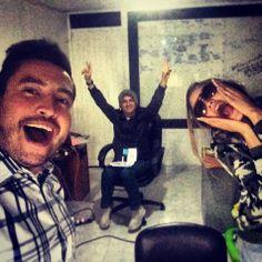 @Miguel Perez Vivo tranochao jajajaja. #selfie a pocos momentos de tener #PaZalobien Video Oficial en #Youtube.