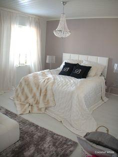 Coconut White: Balmuirin mustat koristetyynyt makuuhuoneessa!
