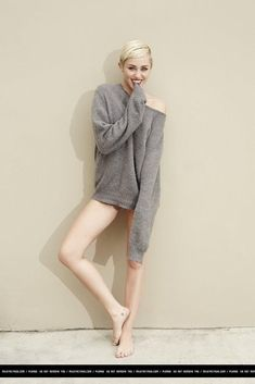 Picture of Miley Cyrus Miley Cyrus Short Hair, Miley Cyrus Style, Hannah Montana, Tennessee, Miley Cyrus Pictures, Miley Stewart, Hollywood, Celebrity Feet, Celebrity Photos