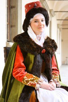 """Polish renaissance dress inspired by """"ein Polnische Matron""""'s costume (Jost Amman, Frauwenzimmer)"""