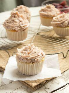 Berry Mascarpone Cupcakes