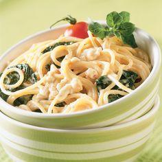 Spaghettis aux épinards et tomates séchées - Soupers de semaine - Recettes 5-15 - Recettes express 5/15 - Pratico Pratique