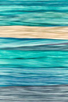 Die verblassenden Eindrücke eines Traums. Mit der flüchtigen Erinnerung an Brandung und Strand.  The fading impressions of a dream. With the volatile memory of surf and beach.
