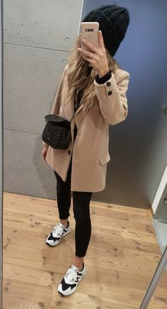 Work Fashion, Diy Fashion, Winter Fashion, Fashion Outfits, Sneakers Street Style, Smart Outfit, Fall Winter Outfits, Street Style Women, Pretty Outfits