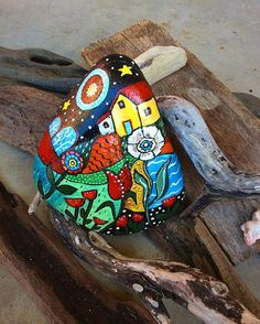 Folk art rock no 3 , joyful patterns for a house decoration #paintedrocks…
