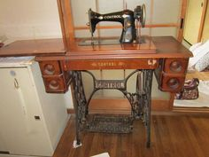 Sewing Machine アンティークな網目ミシン インテリア 雑貨 家具 Antique ¥10000yen 〆10月31日