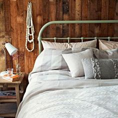 Rustic bedroom, weathered wood walls, all white bed bed linen Bedding And Curtain Sets, Cheap Bedding Sets, Bedding Sets Online, White Bedding, Linen Bedding, Bed Linens, Beige Bed Linen, Hotel Collection Bedding, Shabby Chic Bedrooms