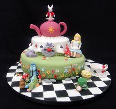 Alice in Wonderland Novelty Cake  07917815712  www.fancycakesbylinda.co.uk  www.facebook.com/fancycakeslinda
