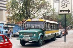 transporte bogotano Busses, Cars And Motorcycles, Vintage Photos, Dodge, Volkswagen, Photography, Color, Vintage Vogue, Photograph