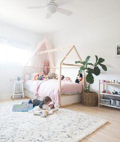 The Hollar-days – Margot's Big Girl Room + Ikea Bed Hack - Popular Ikea Girls Bedroom, Big Girl Bedrooms, Girl Rooms, Lego Bedroom, Ikea Kids Bed, Ikea Bed, Ikea Hack Lit, Ikea Kura Hack, Kura Bed Hack