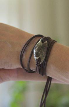 Brown wrap bracelet / green beach stone / camo beach stone bracelet / camo leather wrap bracelet / triangle beach stone /beach stone jewelry #leather #wrap #bracelet #beach #stone #camo