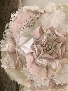 Cloth Flowers, Burlap Flowers, Lace Flowers, Fabric Flowers, Shabby Chic Flowers, Shabby Chic Crafts, Fabric Flower Tutorial, Shabby Chic Curtains, Floral Ribbon